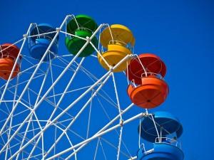 colorful-ferris-wheel